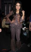 Vanessa Hudgens - New York - 18-02-2011 - Vanessa Hudgens non ha piu' il fidanzato ma ha scelto il vestito da sposa