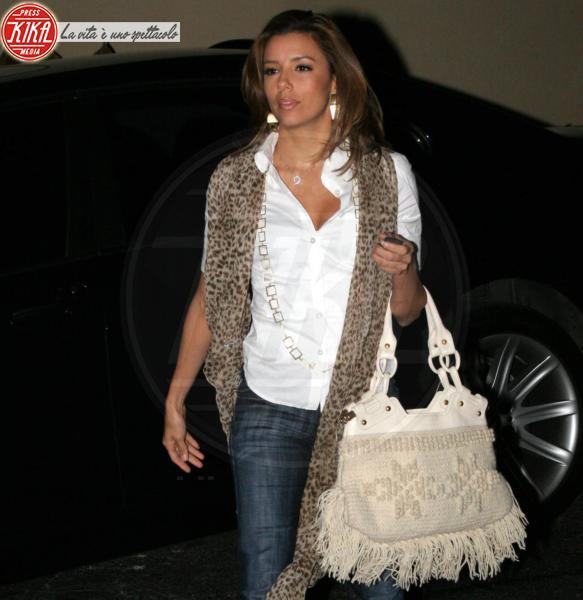 Eva Longoria - Los Angeles - 22-02-2011 - Il leopardo non si ammaestra, si indossa