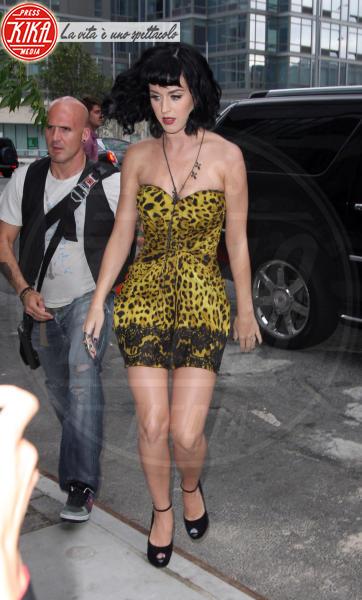Katy Perry - Los Angeles - 22-02-2011 - Il leopardo non si ammaestra, si indossa