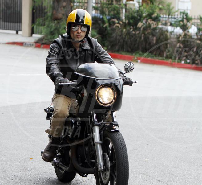 Olivier Martinez - Los Angeles - 07-11-2010 - Primavera, tempo di sole, caldo e motociclette