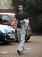 Ashley Cole - Londra - 20-03-2010 - Ashley Cole, terzino del Chelsea spara a un studente di 21 anni