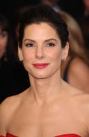 Sandra Bullock - Los Angeles - 27-02-2011 - Sandra Bullock felice un anno dopo la vittoria agli Oscar
