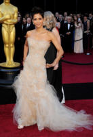 Halle Berry - Hollywood - 27-02-2011 - Oscar dell'eleganza 2010-2014: 5 anni di best dressed