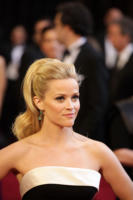 Reese Witherspoon - Los Angeles - 27-02-2011 - 83rd Oscar 2011: gli arrivi sul red carpet