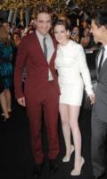 "Robert Pattinson, Kristen Stewart - Los Angeles - 24-06-2010 - Robert Pattinson parla di Kristen Stewart e della ""pressione dei media"""