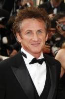 Sean Penn - 16-08-1983 - Sean Penn e Charlie Sheen forse ad Haiti insieme