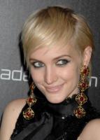 Ashlee Simpson - Beverly Hills - 02-11-2010 - Ashlee Simpson ha un nuovo uomo, un amico dell'ex marito