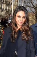 Mila Kunis - Parigi - 09-03-2011 - Mila Kunis non ha una relazione con Justin Timberlake