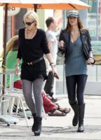 Ali Lohan, Lindsay Lohan - Venice - 10-04-2009 - Lindsay Lohan ha un attacco di panico all'aeroporto