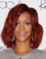 Rihanna - Lakewood - 19-02-2011 - Rihanna lancia il nuovo singolo scelto dai fan su Twitter