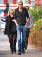 Abbey Clancy, Peter Crouch - Londra - 15-03-2011 - Fiocco rosa per Abbey Clancy e Peter Crouch