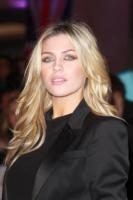 Abbey Clancy - Londra - 15-03-2011 - Fiocco rosa per Abbey Clancy e Peter Crouch