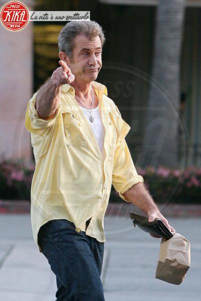 Mel Gibson - Malibu - 08-03-2010 - Mel Gibson ha inziato i lavori socialmente utili nella comunità della ex moglie Robin Gibson