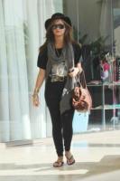 Demi Lovato - Los Angeles - 22-09-2010 - Demi Lovato parla su Seventeen dei suoi disordini alimentari