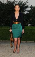 Jennifer Lopez - Los Angeles - 11-02-2011 - Ha quasi 50 anni ma sul red carpet la più sexy è sempre lei