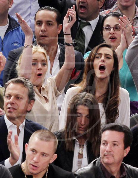 Ali Lohan, Lindsay Lohan - New York - 18-03-2011 - Il mondo è bello vicino a mio fratello