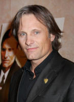 Viggo Mortensen - New York - 11-12-2008 - Viggo Mortensen non sara' il cacciatore che aiuta Biancaneve