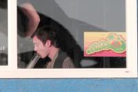 Elijah Wood - Venice - 28-03-2011 - Tutte le star a favore della marijuana