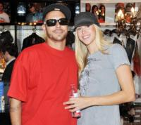 Victoria Prince, Kevin Federline - Sydney - 27-11-2009 - Nuovo matrimonio per Kevin Federline