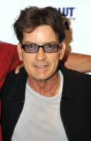 Charlie Sheen - Chicago - 04-04-2011 - Charlie Sheen la spunta: 100 milioni di dollari di risarcimento per essere stato licenziato da Due uomini e mezzo