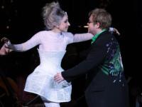 Lady Gaga, Elton John - New York - 16-05-2010 - Lady Gaga sara' la madrina del figlio di Elton John