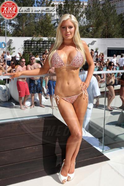 Heidi Montag - Los Angeles - 21-08-2008 - Piatte o maggiorate: chi vince nell'eterna sfida?