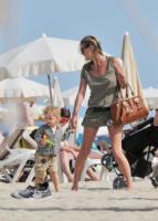 Kate Moss - Los Angeles - 04-04-2011 - Mamme in carriera: i figli sono la chiave del successo