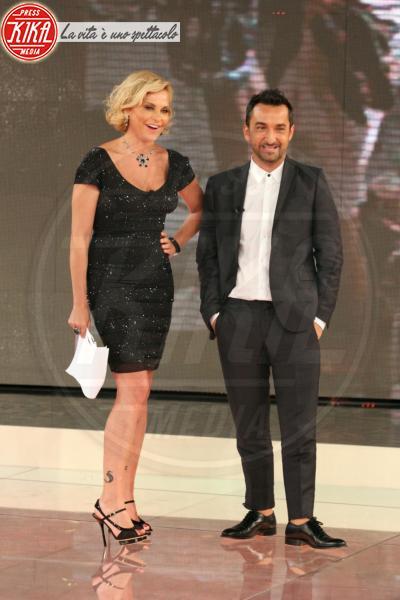 Nicola Savino, Simona Ventura - Milano - 05-04-2011 - Mediaset: grandi novità in arrivo per Simona Ventura