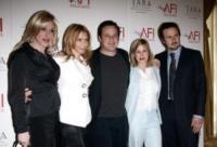 """Patricia A, Richmond Arquette, Alexis Arquette, Rosanna Arquette - Beverly Hills - 10-05-2006 - La famiglia Arquette si riunisce sul set di """"Medium"""""""