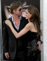 Angelina Jolie, Brad Pitt - Los Angeles - 19-07-2010 - Cannes è il festival delle coppie: attesi Jolie-Pitt, Paradis-Depp, Cruz-Bardem, Johansson-Penn