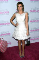 Ashley Tisdale - West Hollywood - 07-04-2011 - Ashley Tisdale e Bridget Moynahan nude per Allure