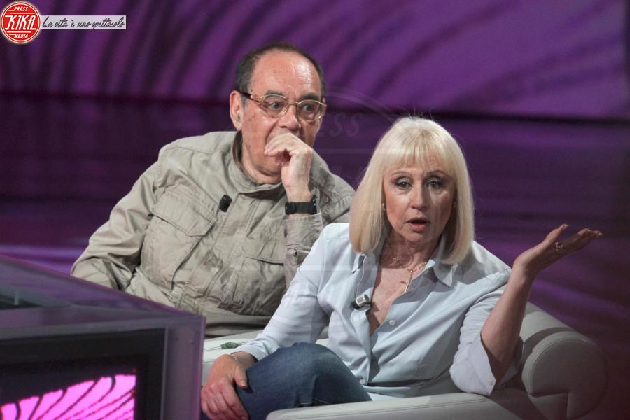 Raffaella Carrà, Gianni Boncompagni - Milano - 10-04-2011 - Addio Gianni Boncompagni, il ricordo di Ambra e degli altri vip