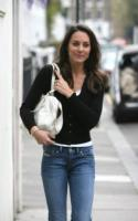 Kate Middleton - Londra - 10-04-2011 - Kate Middleton e Meghan Markle, stesso look, stesso stile!
