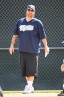 Kevin Federline - Los Angeles - 10-04-2011 - Kevin Federline è felice per il fidanzamento di Britney Spears