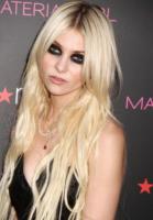 Taylor Momsen - New York - Taylor Momsen e Jessica Szohr lasciano Gossip Girl
