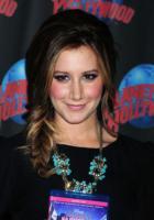Ashley Tisdale - New York - 13-04-2011 - High School Musical, in arrivo il quarto capitolo