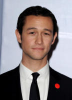 Joseph Gordon-Levitt - Los Angeles - 16-01-2011 - Marion Cotillard e Joseph-Gordon Levitt nel cast di The Dark Knight Rises