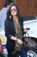 Demi Lovato - Los Angeles - 21-04-2011 - Demi Lovato damigella d'onore per l'amica Tiffani Thornton