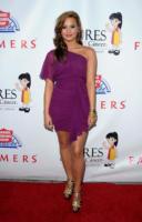 Demi Lovato - Hollywood - 23-09-2010 - Demi Lovato damigella d'onore per l'amica Tiffani Thornton