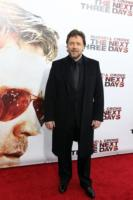 Russell Crowe - New York - 09-11-2010 - Russell Crowe diventa regista per il poliziesco 77