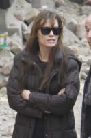Angelina Jolie - Budapest - 04-11-2010 - Angelina Jolie è la nuova testimonial di Louis Vuitton