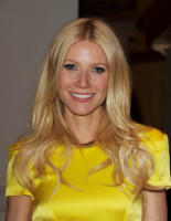"Gwyneth Paltrow - Beverly Hills - 21-04-2011 - Gwyneth Paltrow parla della nonna ""crudele"""