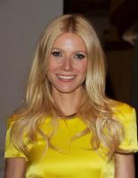 """Gwyneth Paltrow - Beverly Hills - 21-04-2011 - Gwyneth Paltrow parla della nonna """"crudele"""""""