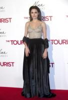 Angelina Jolie - Madrid - 16-12-2010 - Morbido, caldo, sontuoso: è il velluto, bellezza!