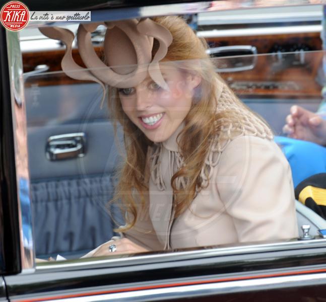 Principessa  Beatrice di York - Londra - 29-04-2011 - La principessa Beatrice mette all'asta il cappello delle nozze