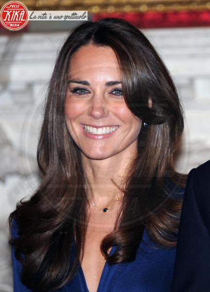Kate Middleton - 16-11-2010 - Prosciutto di Parma e yacht milionario per la luna di miele dei reali