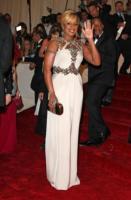 Mary J. Blige - New York - 02-05-2011 - Il Metropolitan Museum rende omaggio allo stilista Alexander McQueen durante l'annuale Costume Institute Gala Benefit