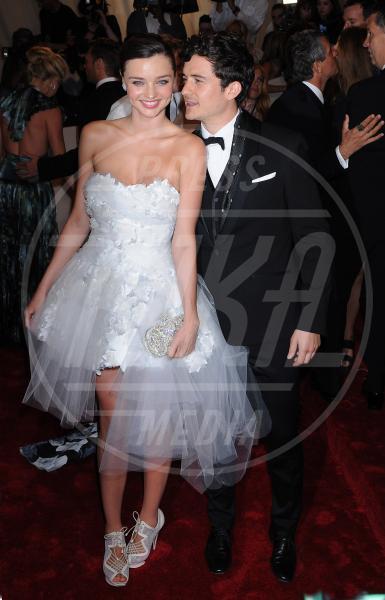 Buddhismo, Miranda Kerr, Orlando Bloom - New York - 02-05-2011 - Il Metropolitan Museum rende omaggio allo stilista Alexander McQueen durante l'annuale Costume Institute Gala Benefit