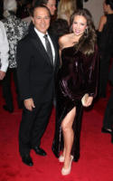 Thalia Mottola, Tommy Mottola - New York - 02-05-2011 - Il Metropolitan Museum rende omaggio allo stilista Alexander McQueen durante l'annuale Costume Institute Gala Benefit