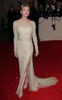 Renee Zellweger - New York - 02-05-2011 - Il Metropolitan Museum rende omaggio allo stilista Alexander McQueen durante l'annuale Costume Institute Gala Benefit